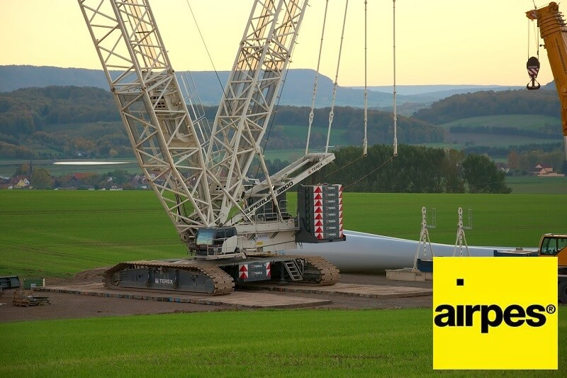 airpes-craneless-wind-turbine-assembly