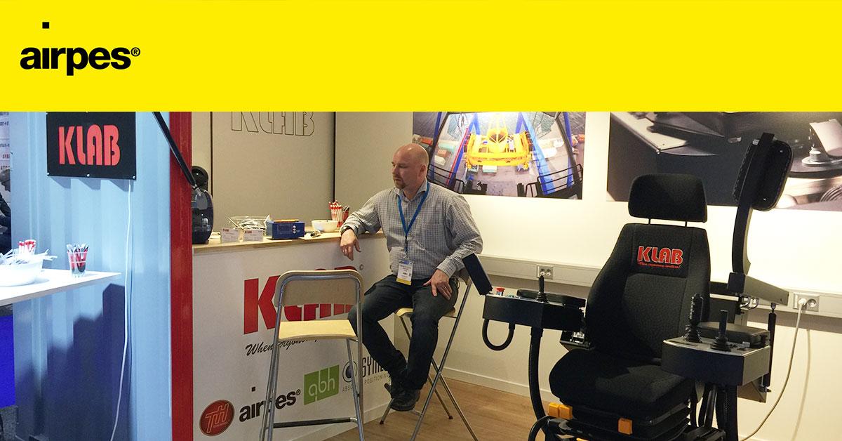 Handling distributor KLAB at TOC Europe 02 | News | Airpes
