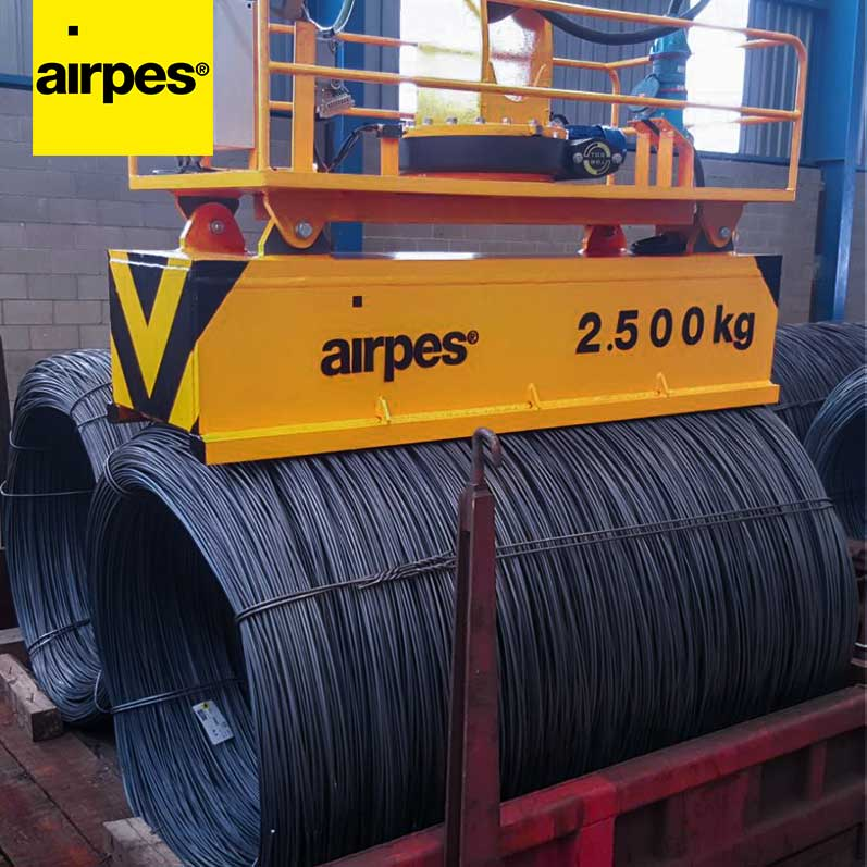 Motorized rotating magnets lifting systems for Railsider Mediterráneo | Airpes