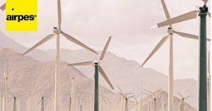 Curiosities, construction and transportation of wind turbine blades